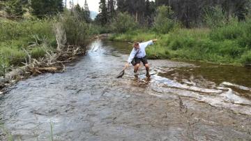Fly-Fishing-in-Fish-Creek-Colorado-1