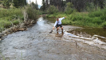 Fly-Fishing-in-Fish-Creek-Colorado-1